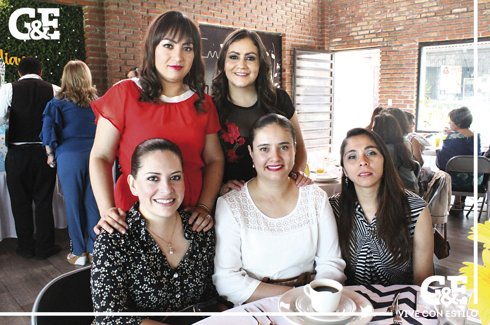 Milagros, Tatiana, Michell, Tere y Aidé.